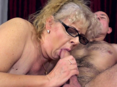Fat granny sucking dick